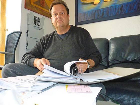 Andreas Schmidt hat alles agribig zur Wiederaufnahme des Verfahrens gesammelt - der Stattsanwalt vernichtet die Beweismittel .