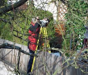 """Ob die Mauer die natürliche Erdoberfläsche ist - das Verwaltungsgericht Bayreuth mag jedenfalls nicht nachmessen....dann ist ja wohl alles """"Rechtens"""""""