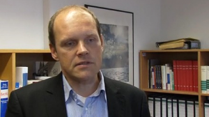 OStA Ulf Willuhn - Zur Zeit ein gefragter Mann - mit üblichen Standartsätze für die kritische Presse...